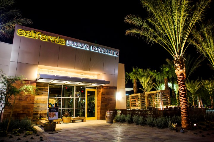 California Pizza Kitchen -Temecula, CA - Gets A New Look and New ...